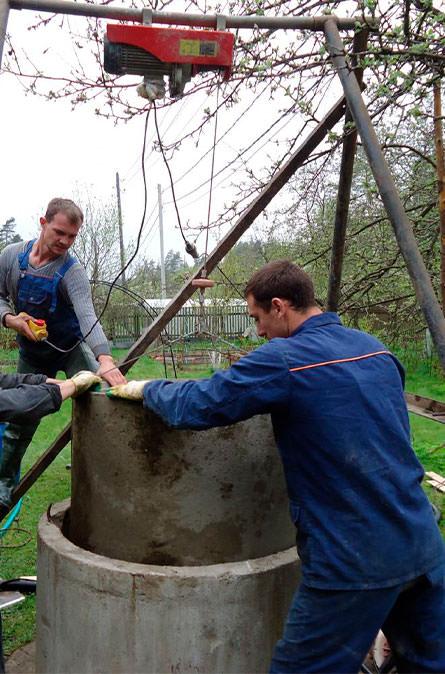 Как мы углубляем колодец в Коломенском районе